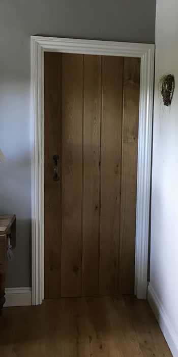 Handmade oak door - front